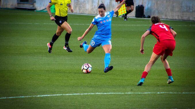 Fodboldkvinder