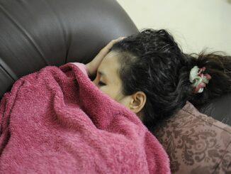 pige der sover